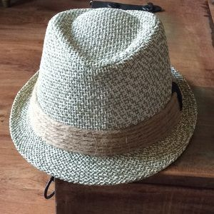 💟 Stitched fedora with twine detail